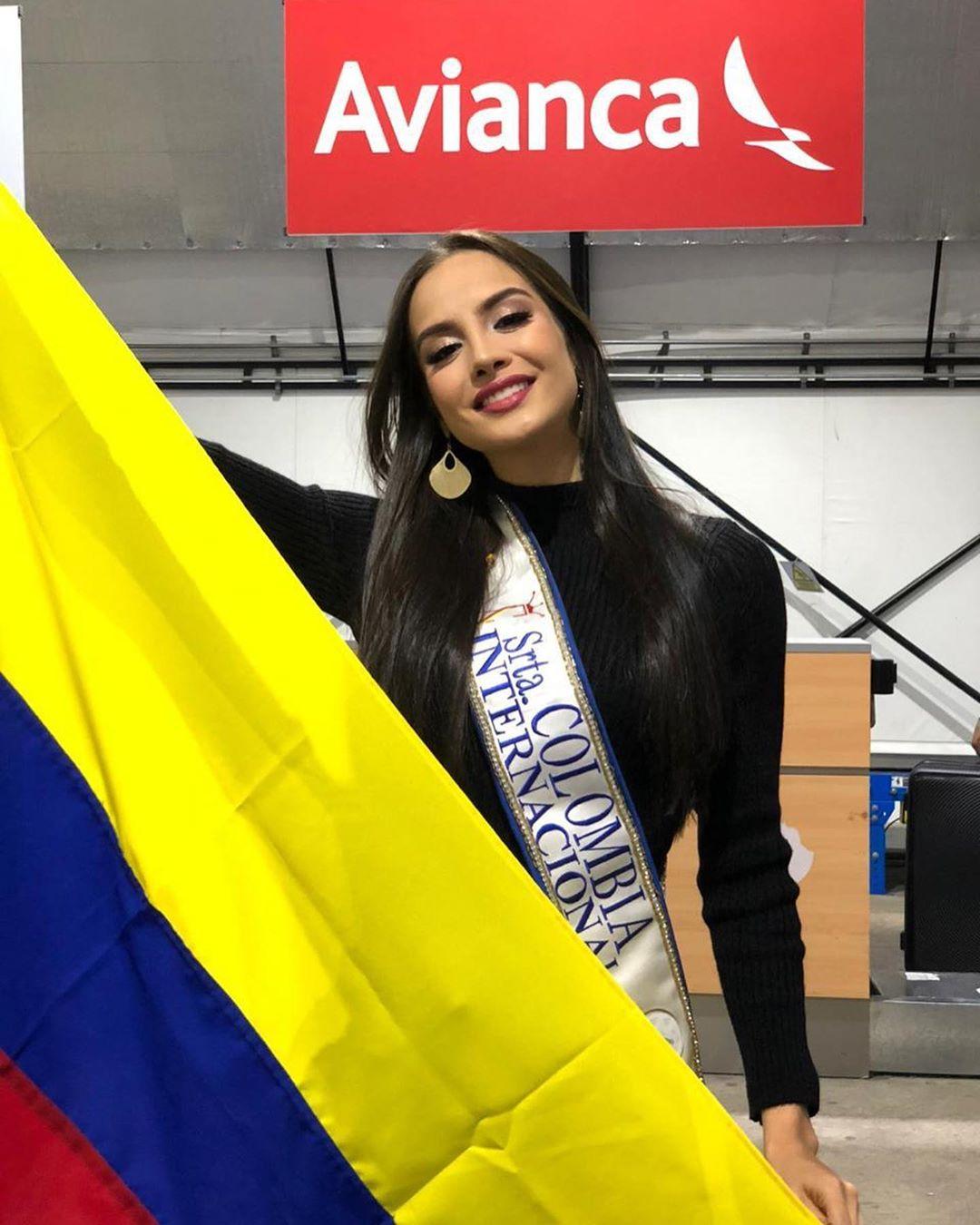 maria alejandra vengoechea, 3rd runner-up de miss international 2019. - Página 4 71179111