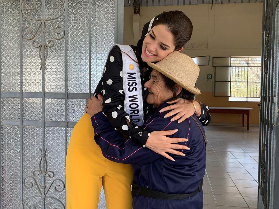 angella escudero, miss world peru 2019. - Página 3 71179410