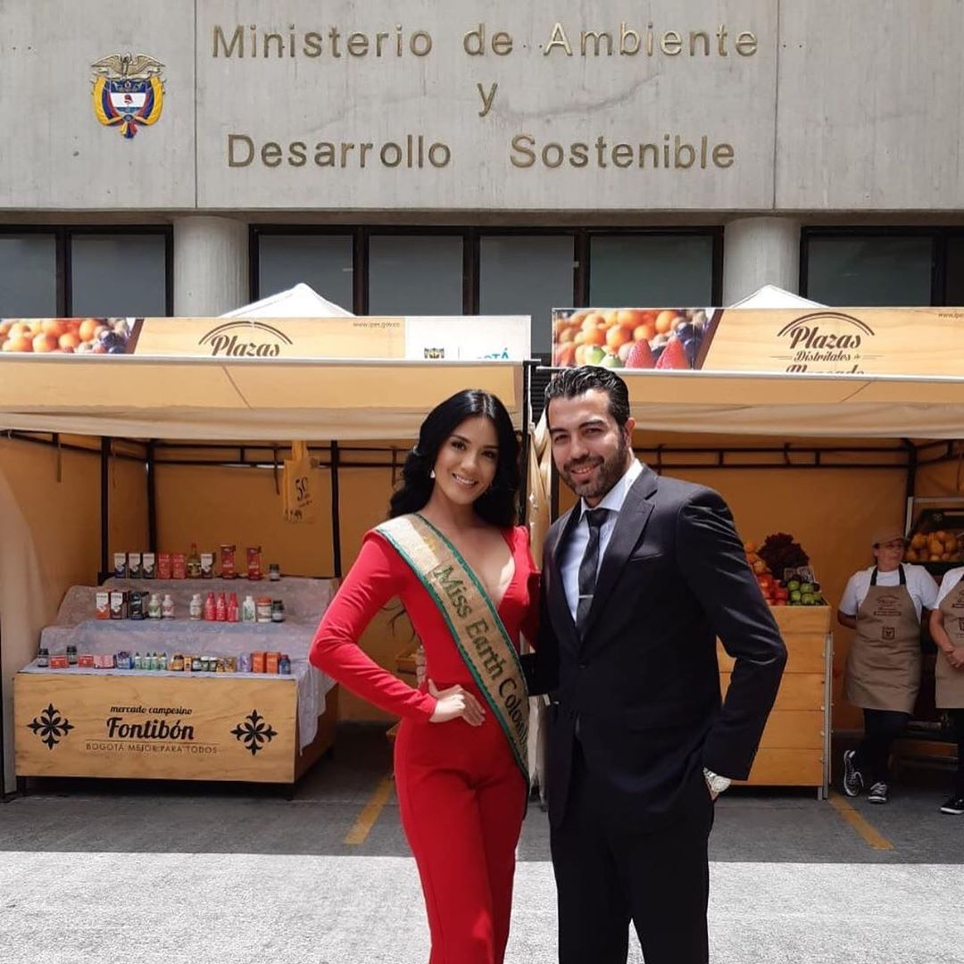 yenny katherine carrillo, top 20 de miss earth 2019/reyna mundial banano 2017. - Página 6 71194410