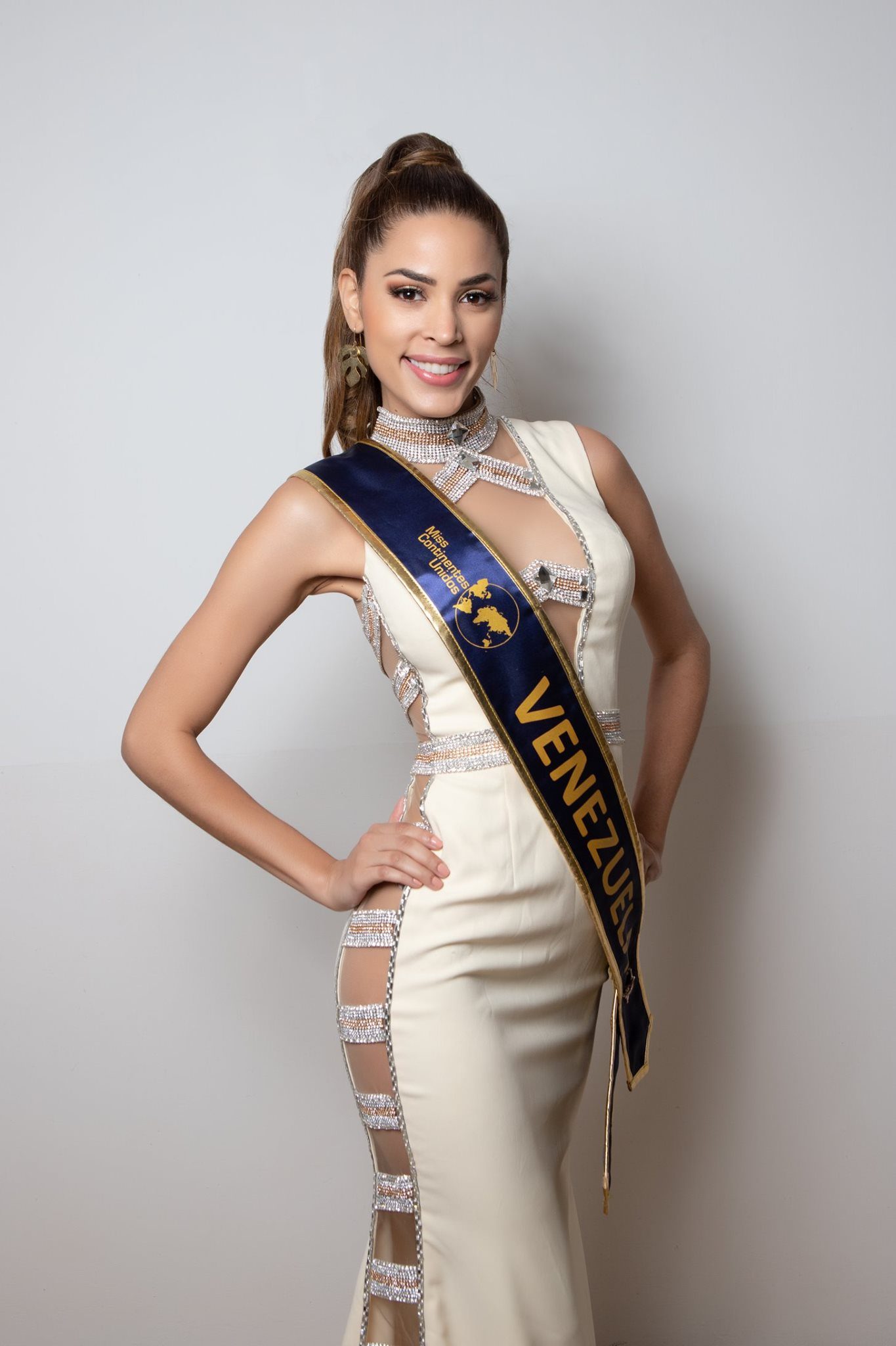 maria jose bracho, miss venezuela continentes unidos 2019. - Página 4 71934510