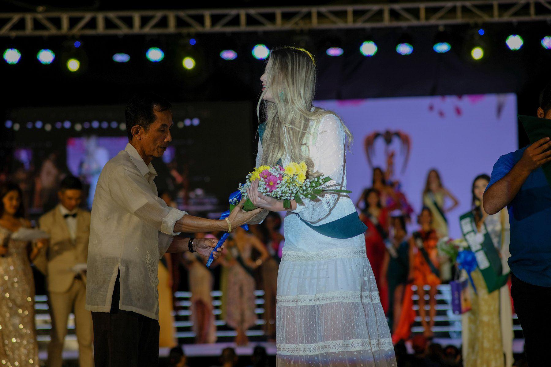 maria gabriela batistela, miss brasil terra 2019. - Página 18 72231210