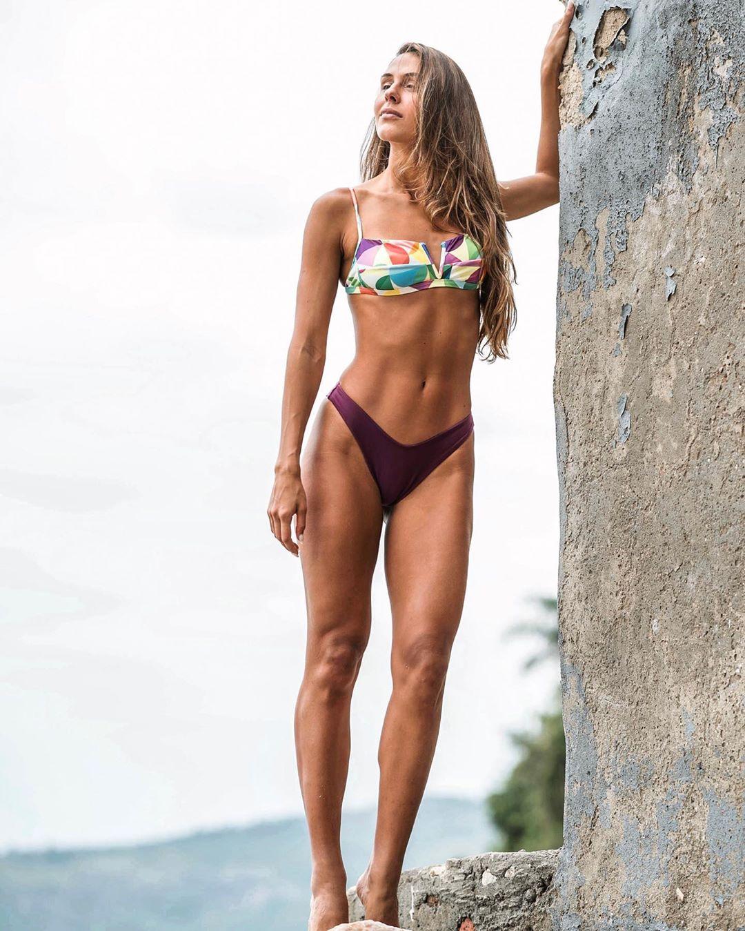 carolina stankevicius, miss brasil internacional 2019. - Página 13 72232210