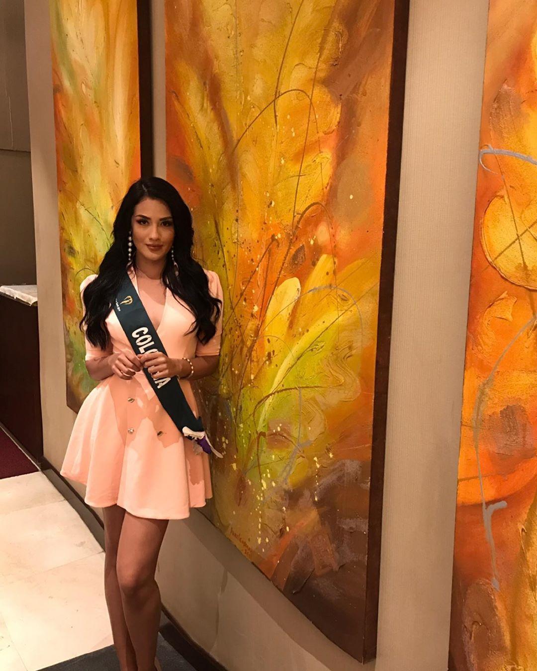 yenny katherine carrillo, top 20 de miss earth 2019/reyna mundial banano 2017. - Página 13 72233910