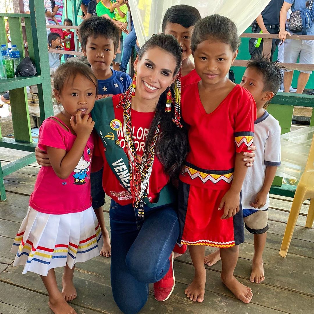 michell castellanos, miss earth venezuela 2019. - Página 6 72330810