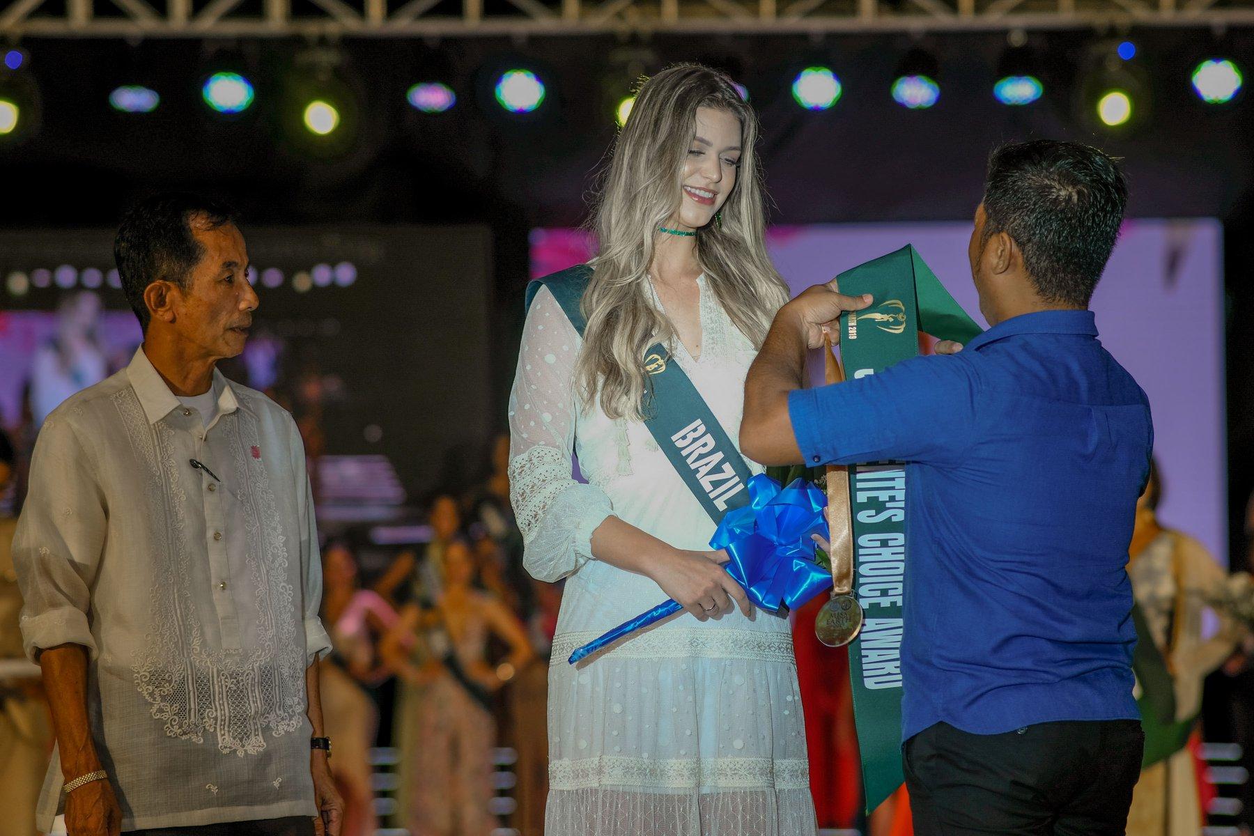 maria gabriela batistela, miss brasil terra 2019. - Página 18 72458610