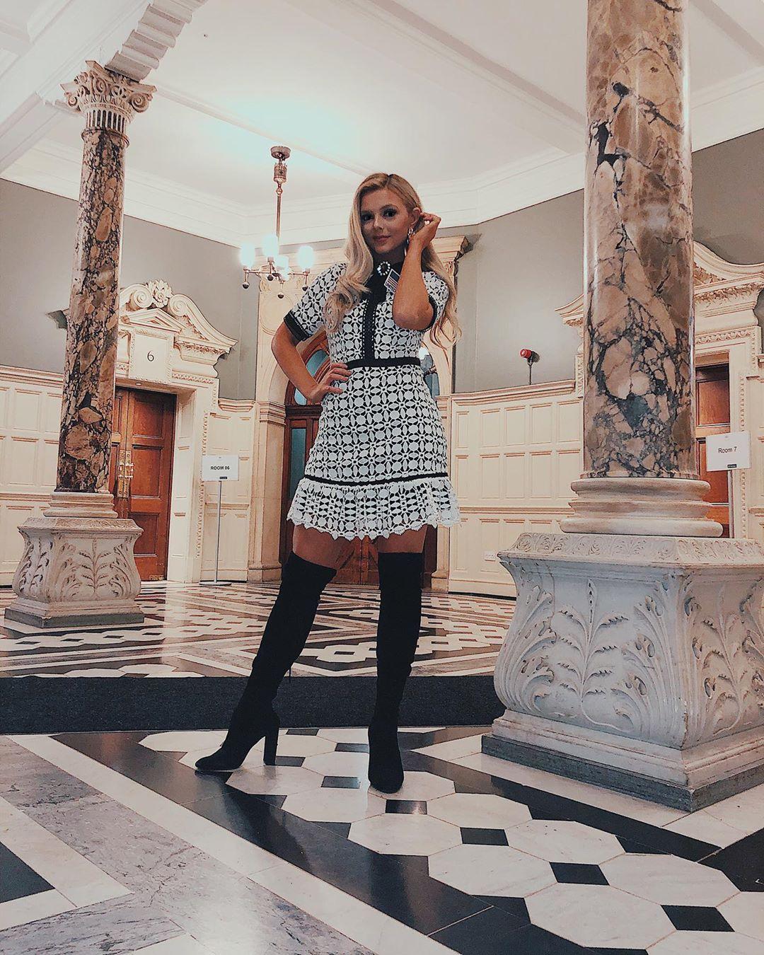 emmy rose cuvelier, top 40 de miss world 2019. - Página 6 72489710
