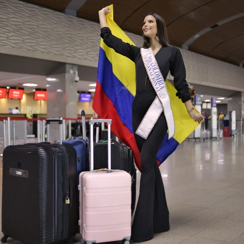 yaiselle tous, miss supranational colombia 2019. - Página 5 72561510