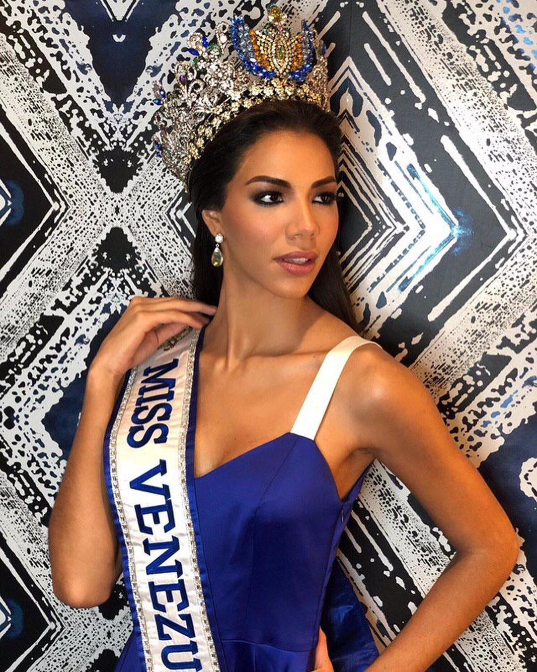 thalia olvino, top 20 de miss universe 2019. - Página 2 72578610