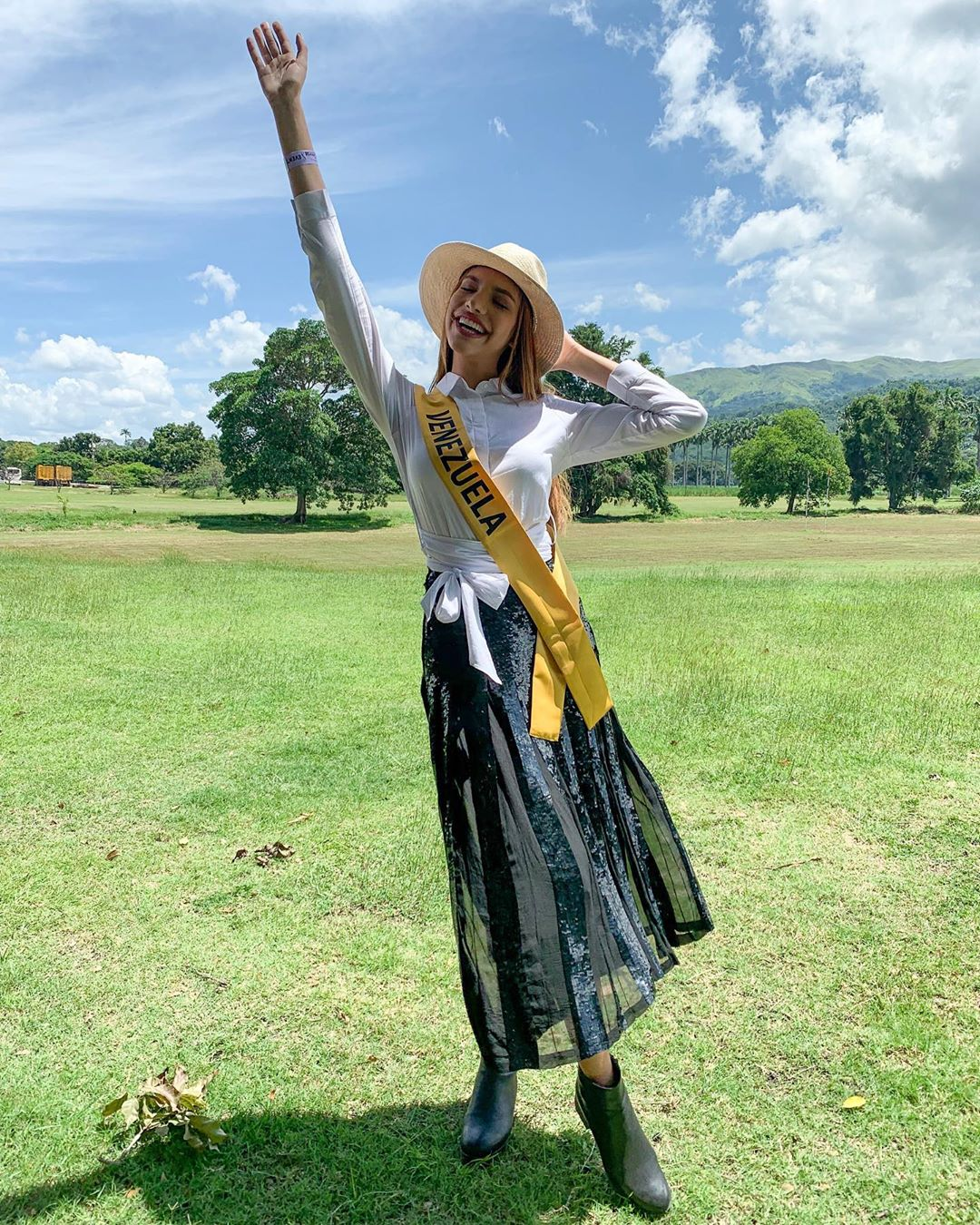lourdes valentina figuera, miss grand international 2019. - Página 6 72752710