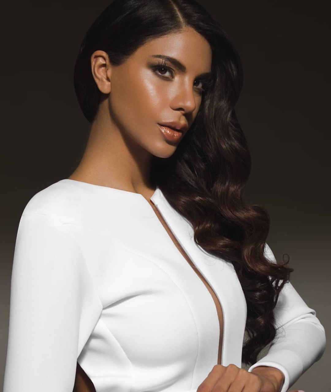 isabella rodriguez, top 40 de miss world 2019. - Página 4 72777912