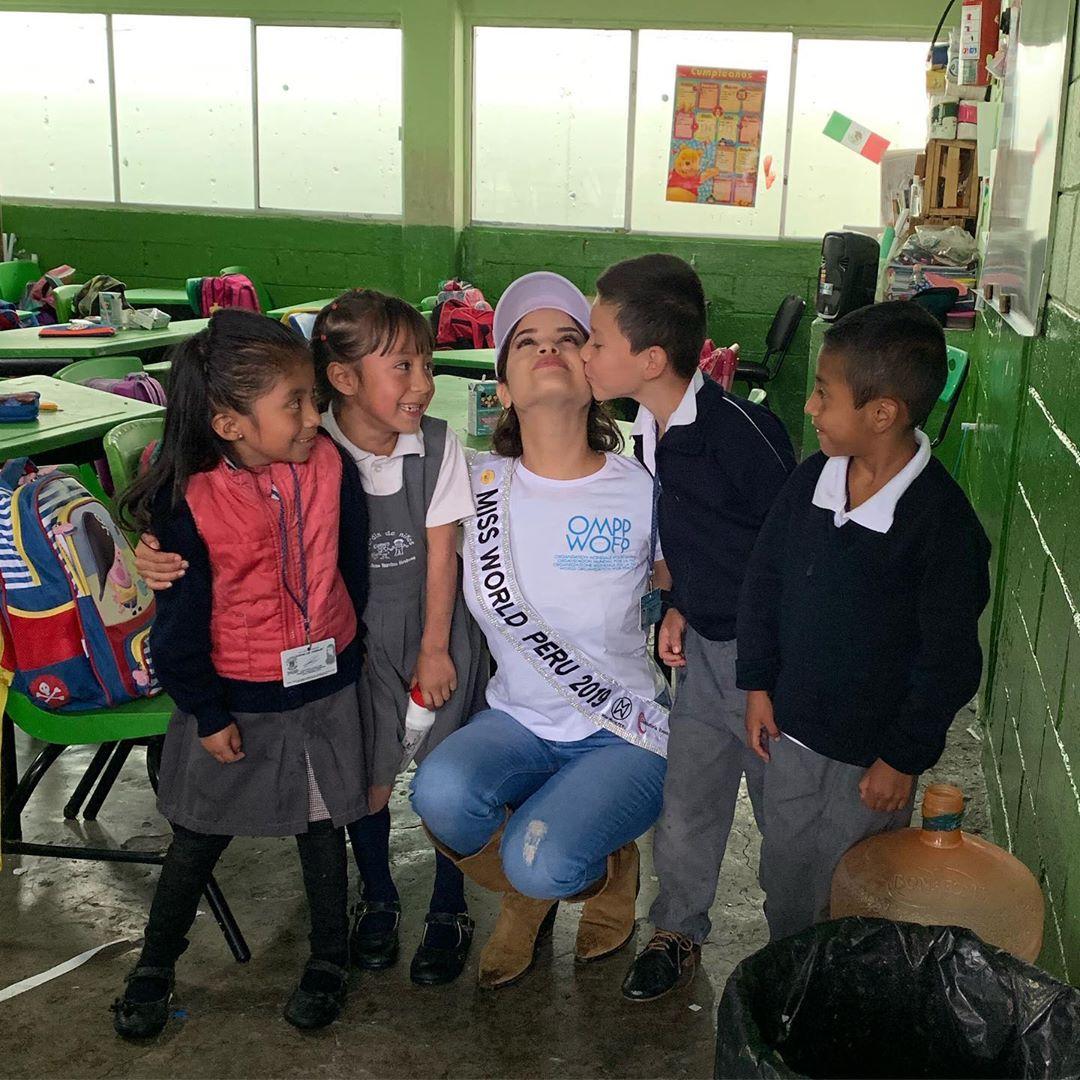 angella escudero, miss world peru 2019. - Página 2 72922211