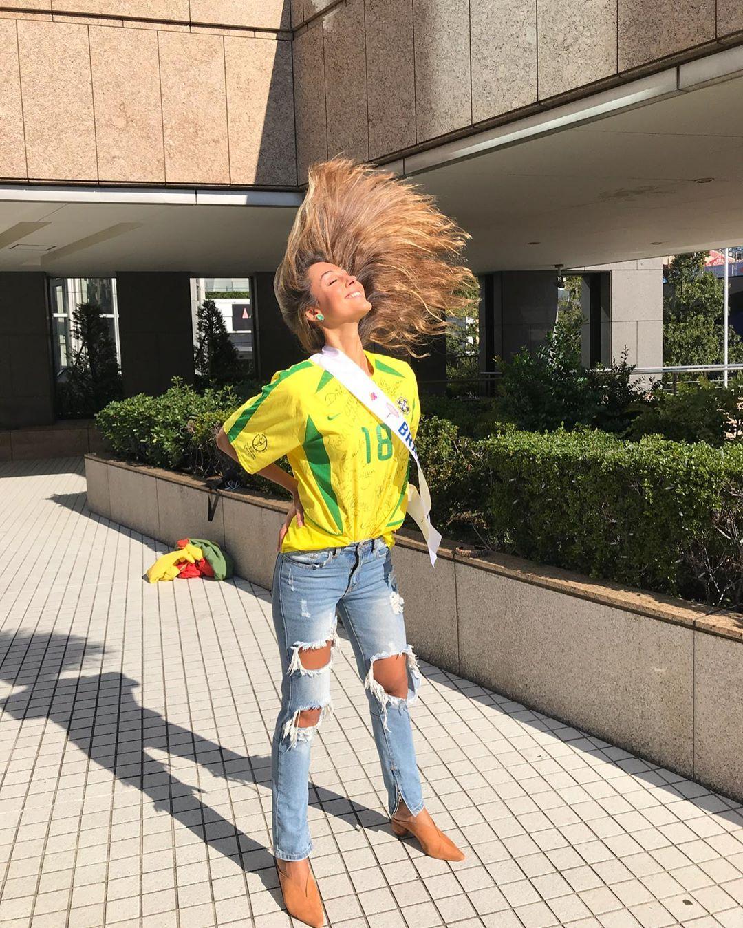 carolina stankevicius, miss brasil internacional 2019. - Página 12 72944510