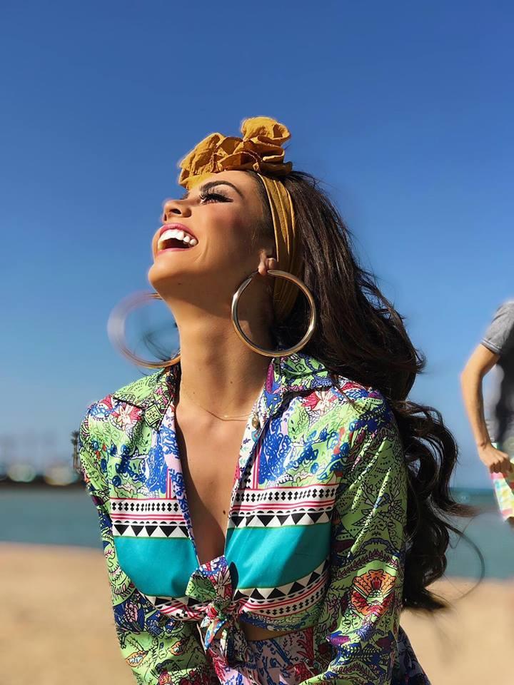 ivonne hernandez, semifinalista de top model of the world 2018. - Página 4 72ylgd10
