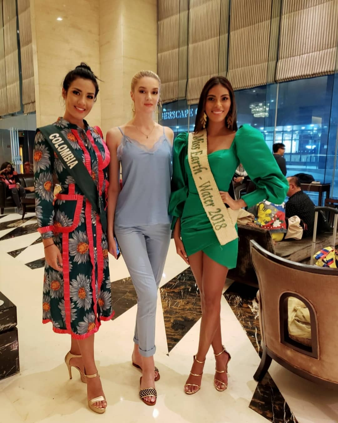 yenny katherine carrillo, top 20 de miss earth 2019/reyna mundial banano 2017. - Página 14 73019910