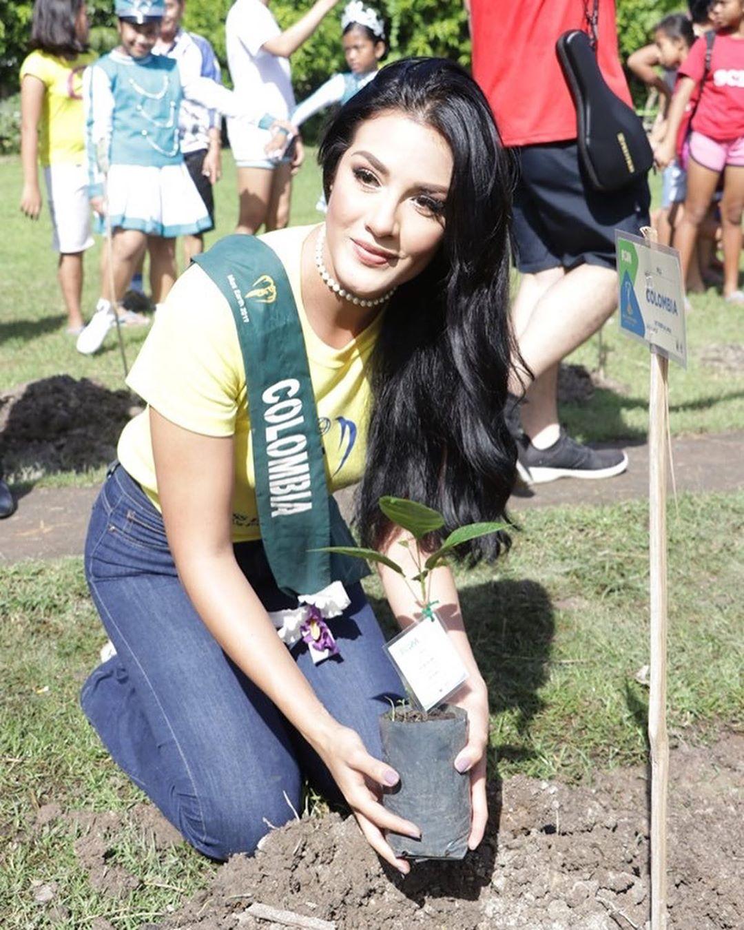 yenny katherine carrillo, top 20 de miss earth 2019/reyna mundial banano 2017. - Página 13 73184110