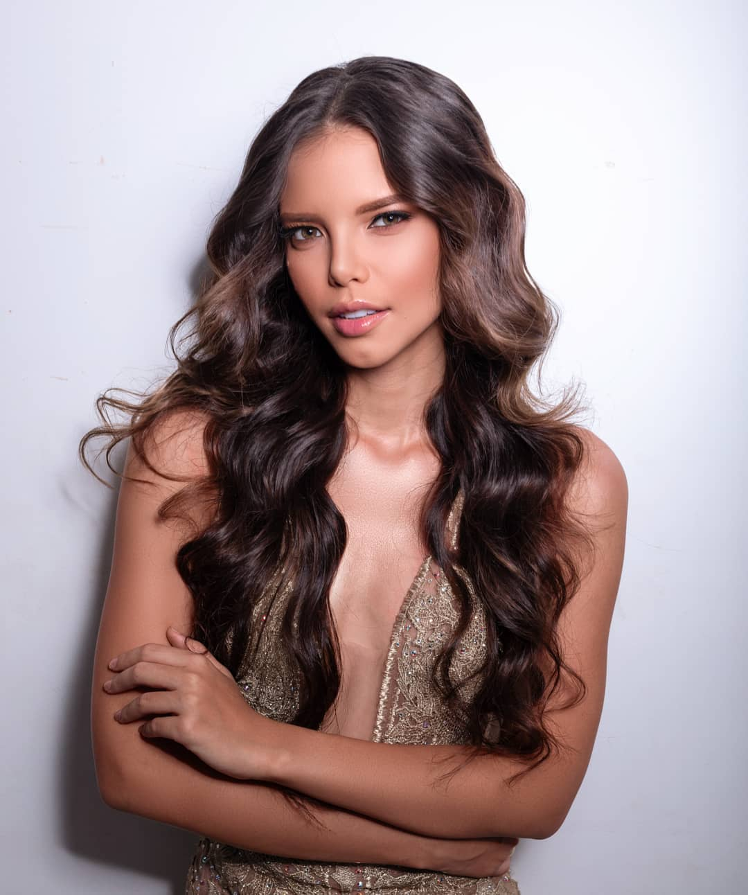 yaiselle tous, miss supranational colombia 2019. - Página 2 73425411
