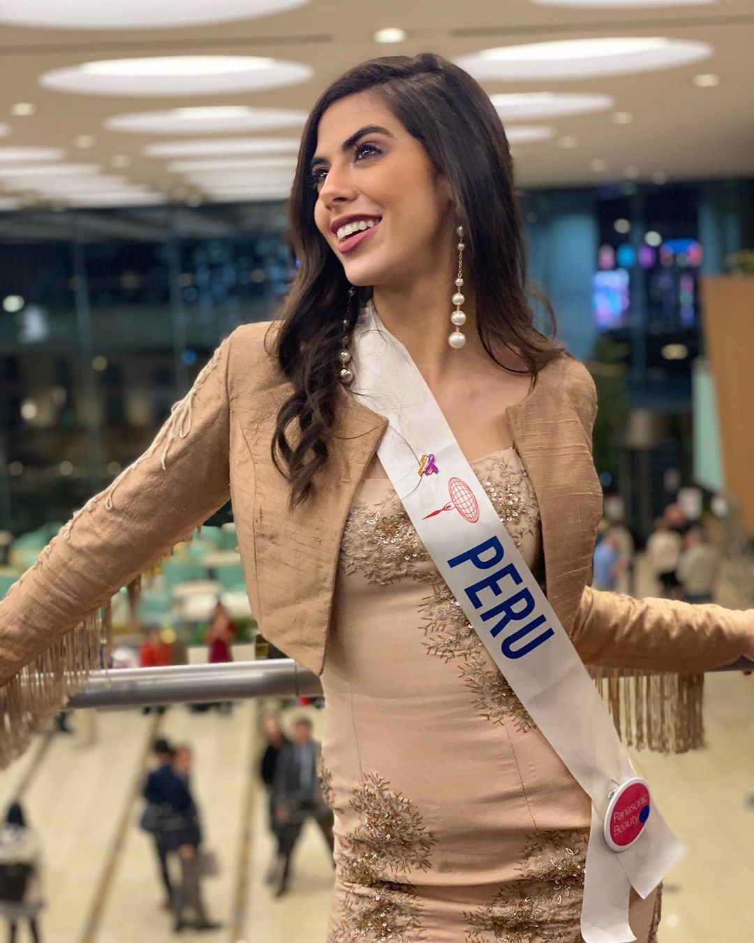 majo barbis, miss international peru 2019. - Página 7 74463210
