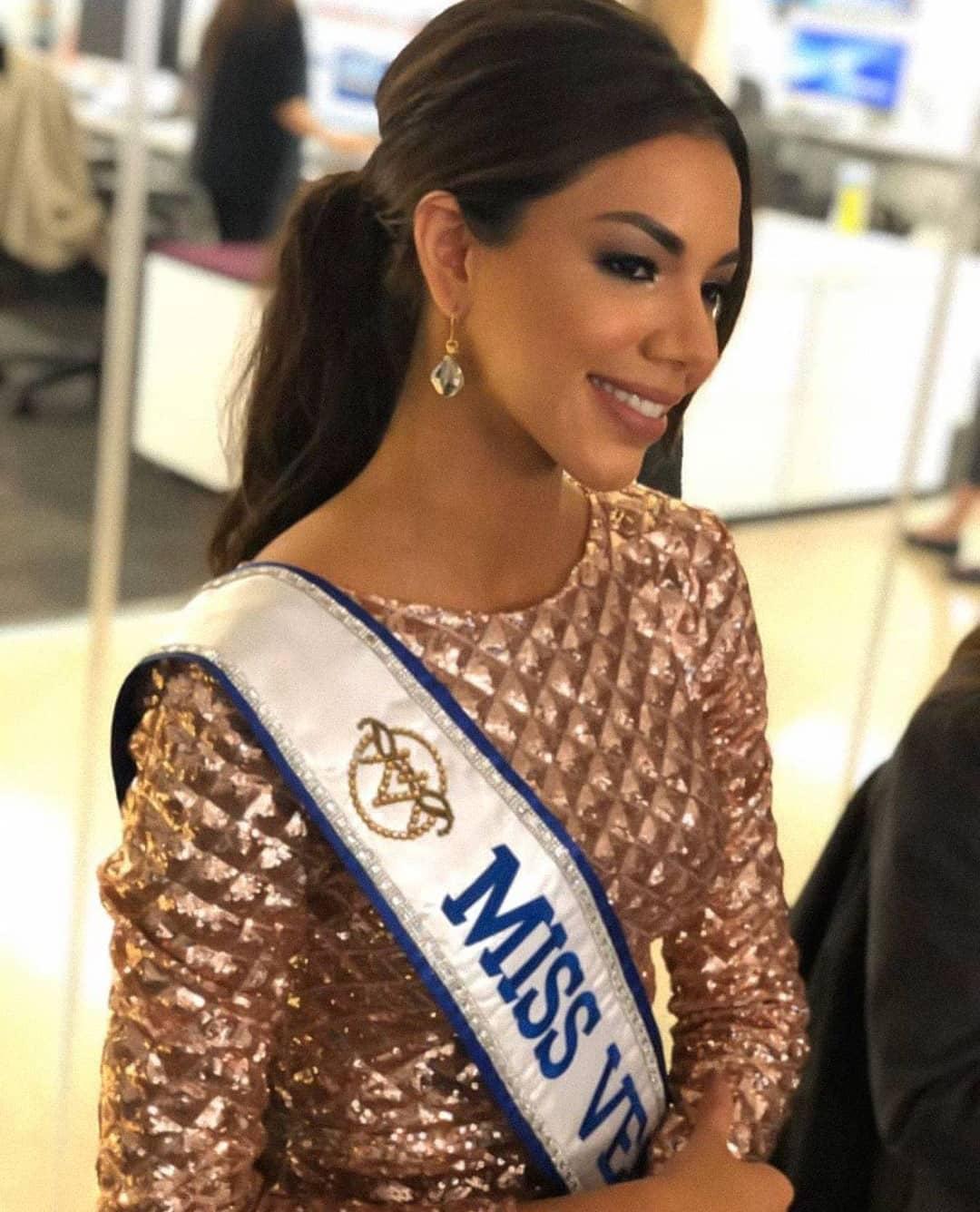 thalia olvino, top 20 de miss universe 2019. - Página 4 74878612