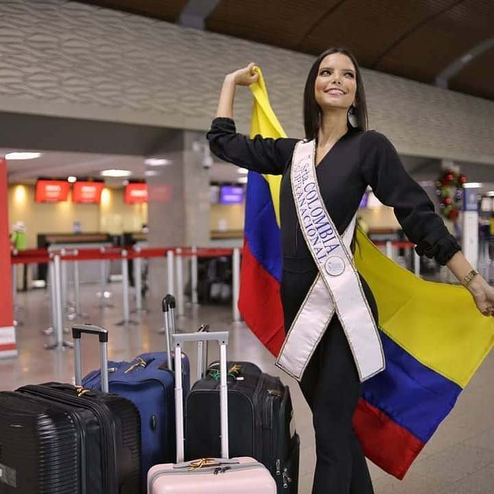 yaiselle tous, miss supranational colombia 2019. - Página 6 74889112