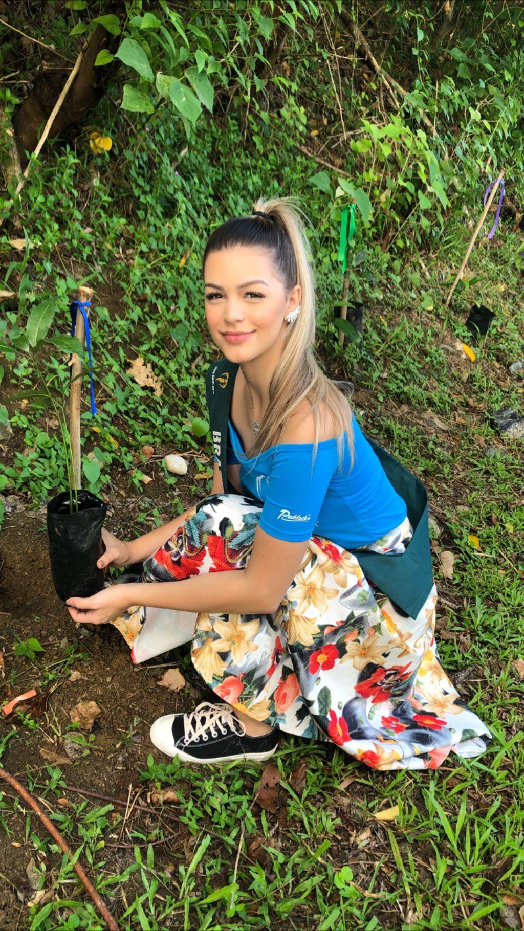 maria gabriela batistela, miss brasil terra 2019. - Página 19 74942710