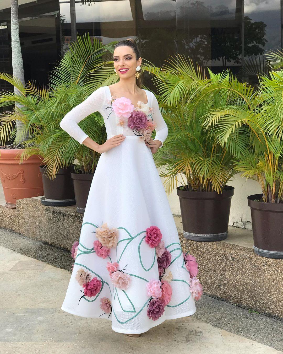 ainara de santamaria villamor, top 21 de miss grand international 2019/miss world cantabria 2018/miss earth spain 2017. - Página 17 75231110