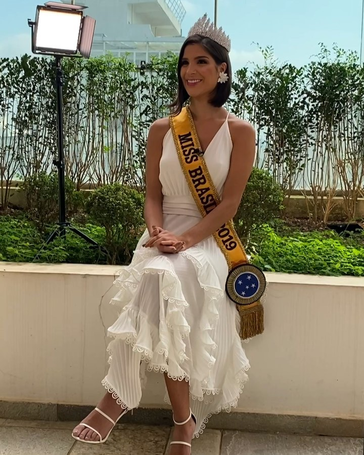 julia horta, miss brasil universo 2019/top 2 de reynado internacional cafe 2016, top 5 de miss tourism international 2017. - Página 72 75388512