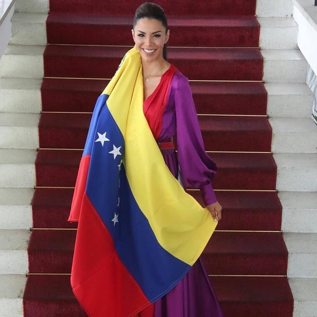 thalia olvino, top 20 de miss universe 2019. - Página 6 75430311