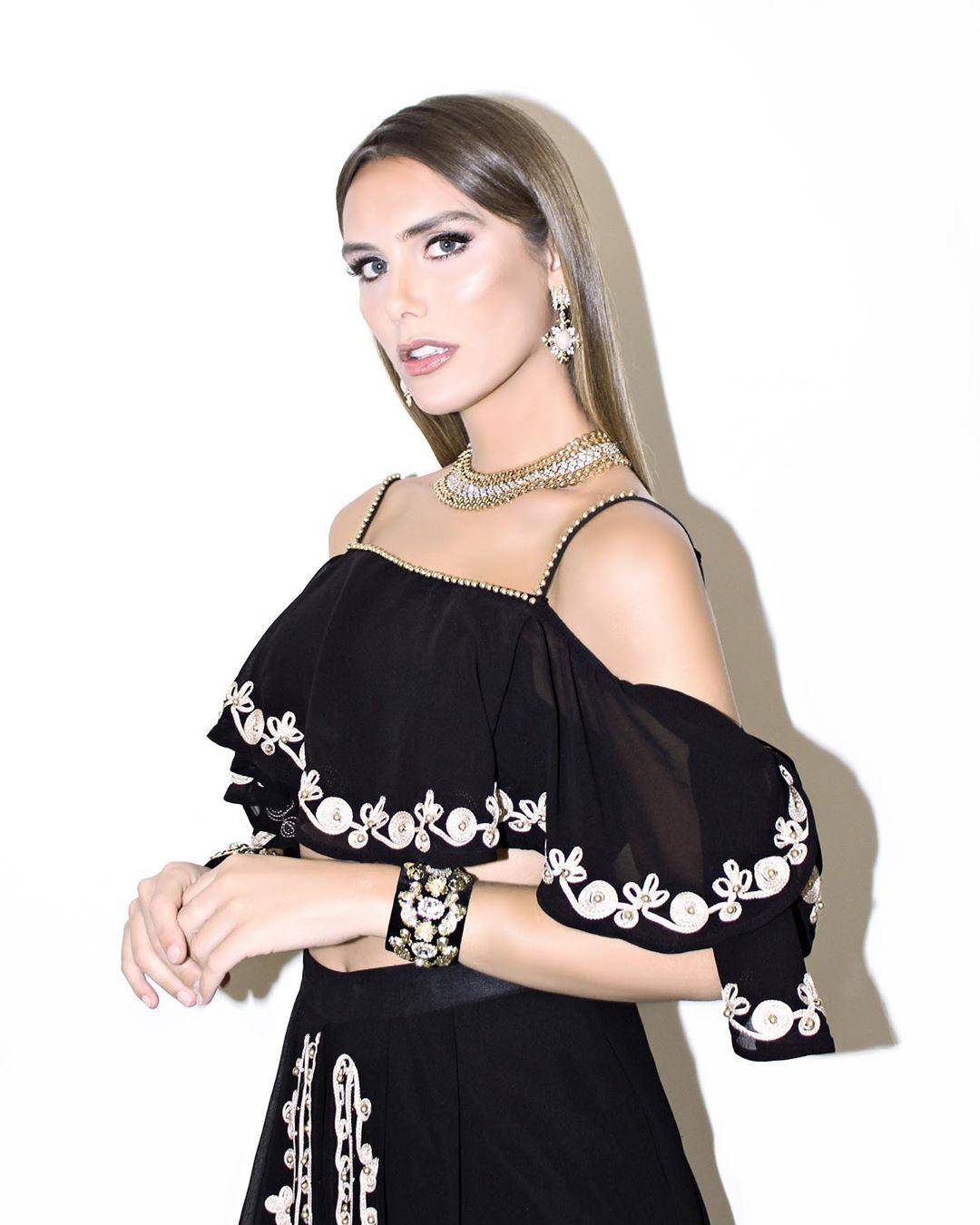 angela ponce, miss espana universo 2018. - Página 20 75538120
