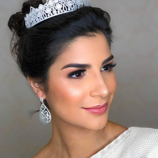 julia horta, top 20 de miss universe 2019. 77245110