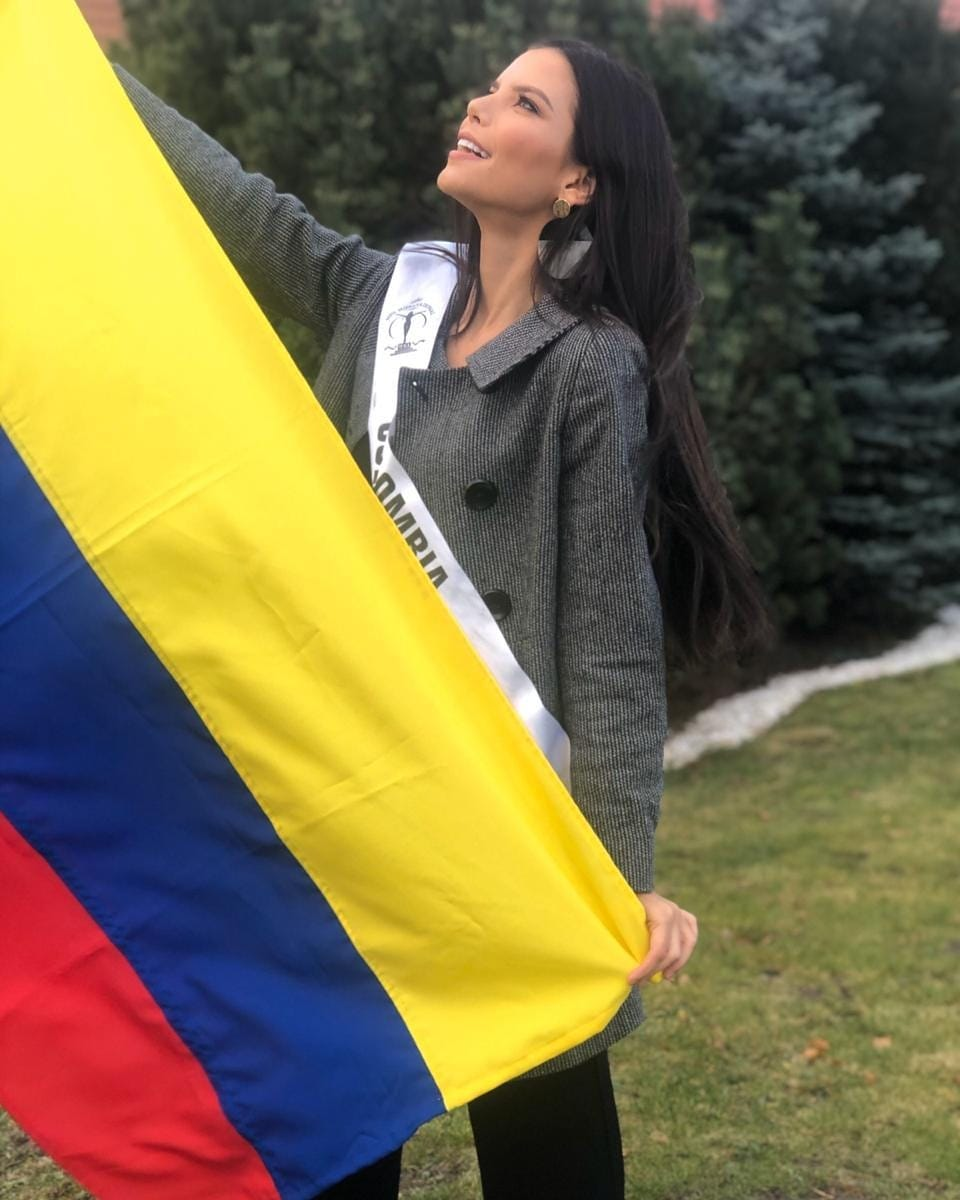 yaiselle tous, miss supranational colombia 2019. - Página 10 79449410
