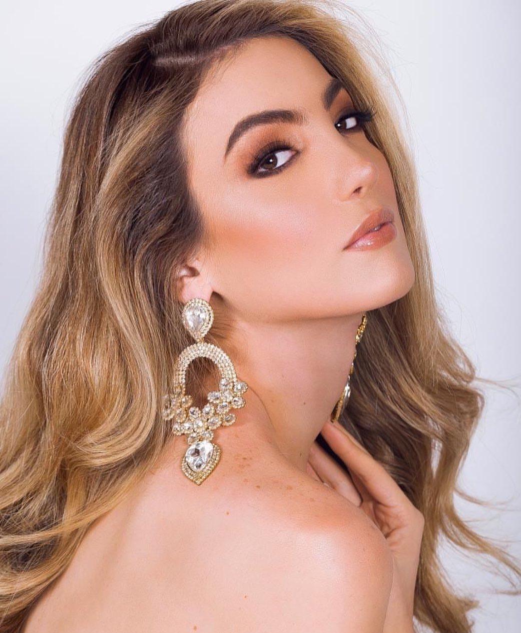 valentina fluchaire, miss international queen 2020. - Página 3 81640511