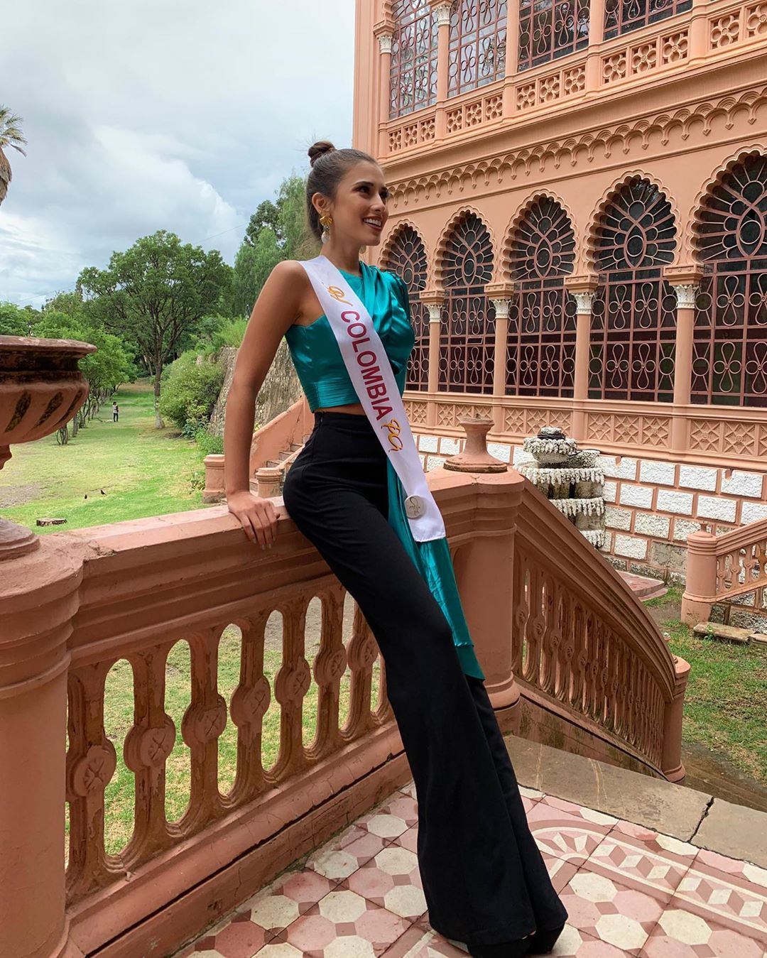 laura claro, primera finalista de reyna hispanoamericana 2019. - Página 6 83517810