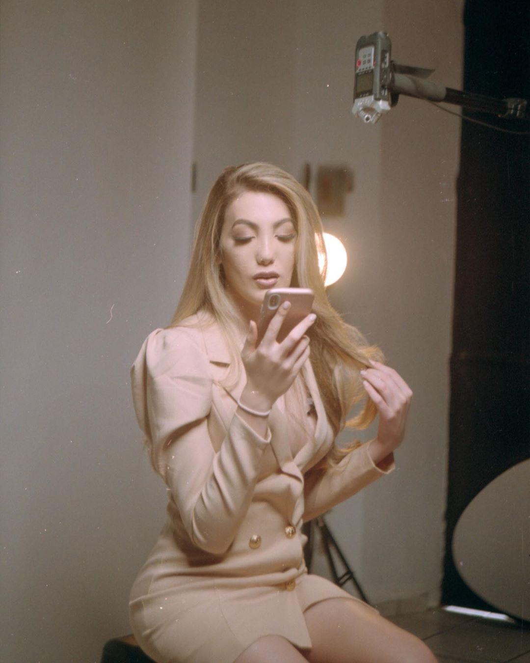 valentina fluchaire, miss international queen 2020. - Página 3 83919711