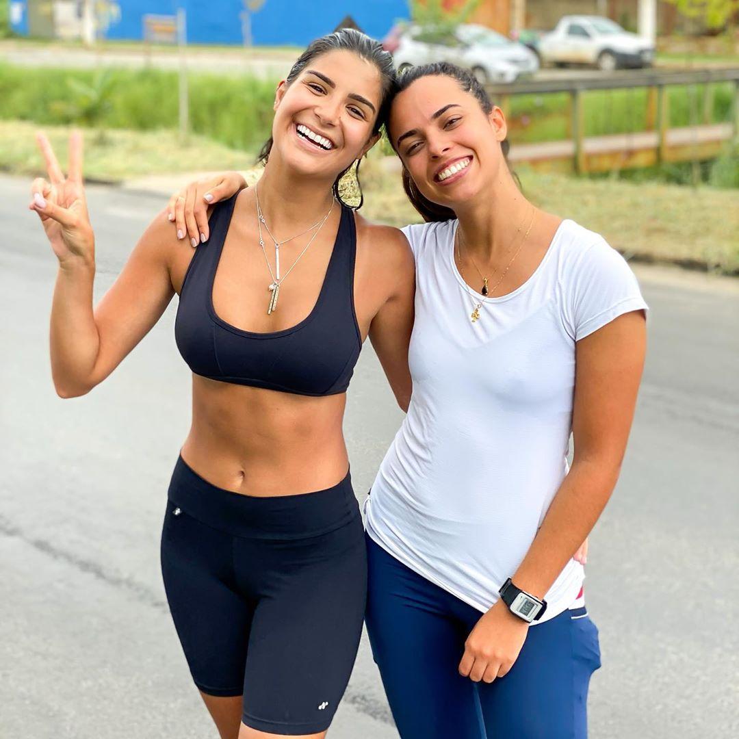julia horta, top 20 de miss universe 2019. - Página 44 84444110