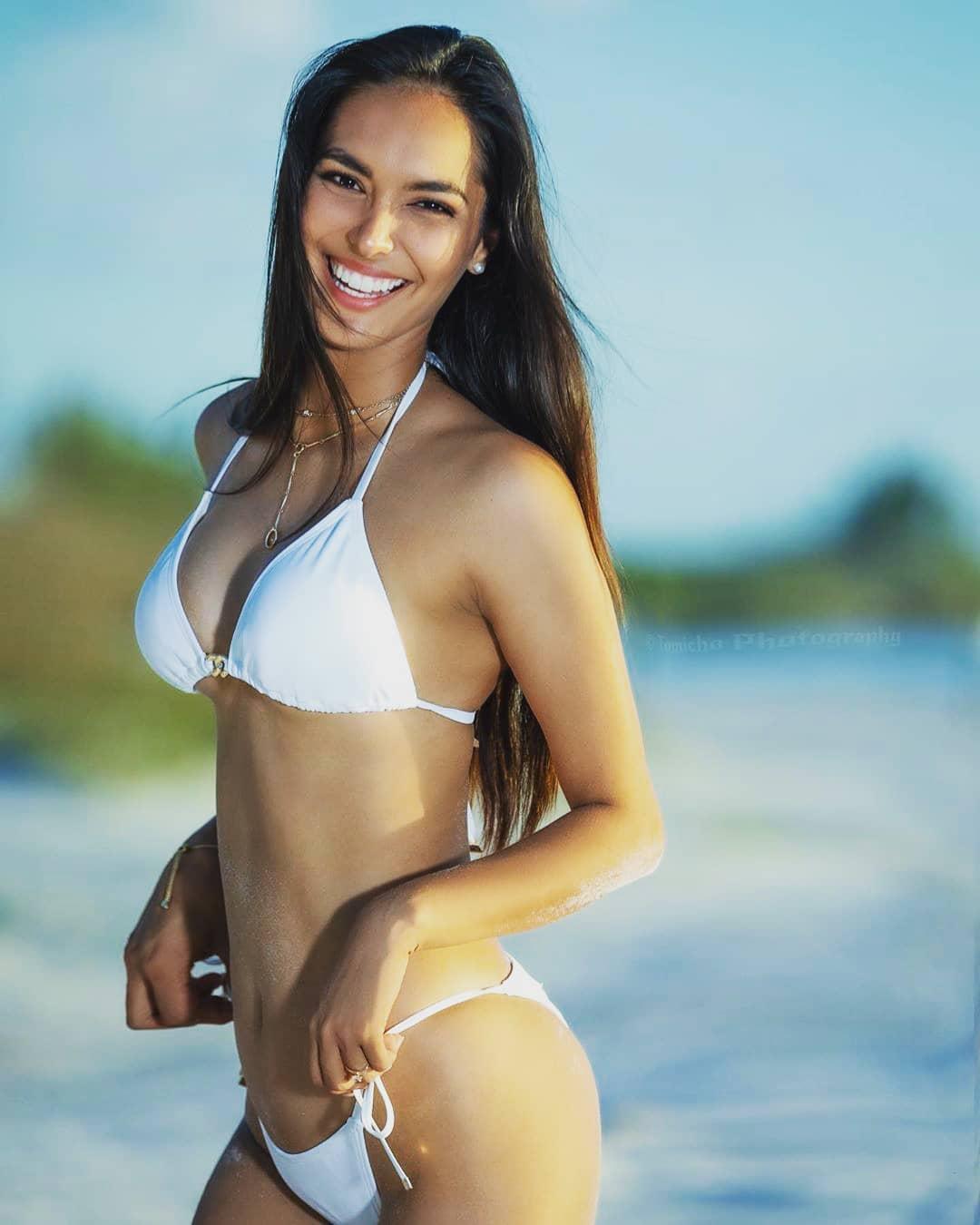 romina lozano, miss charm peru 2020/miss peru universo 2018. - Página 21 85170110