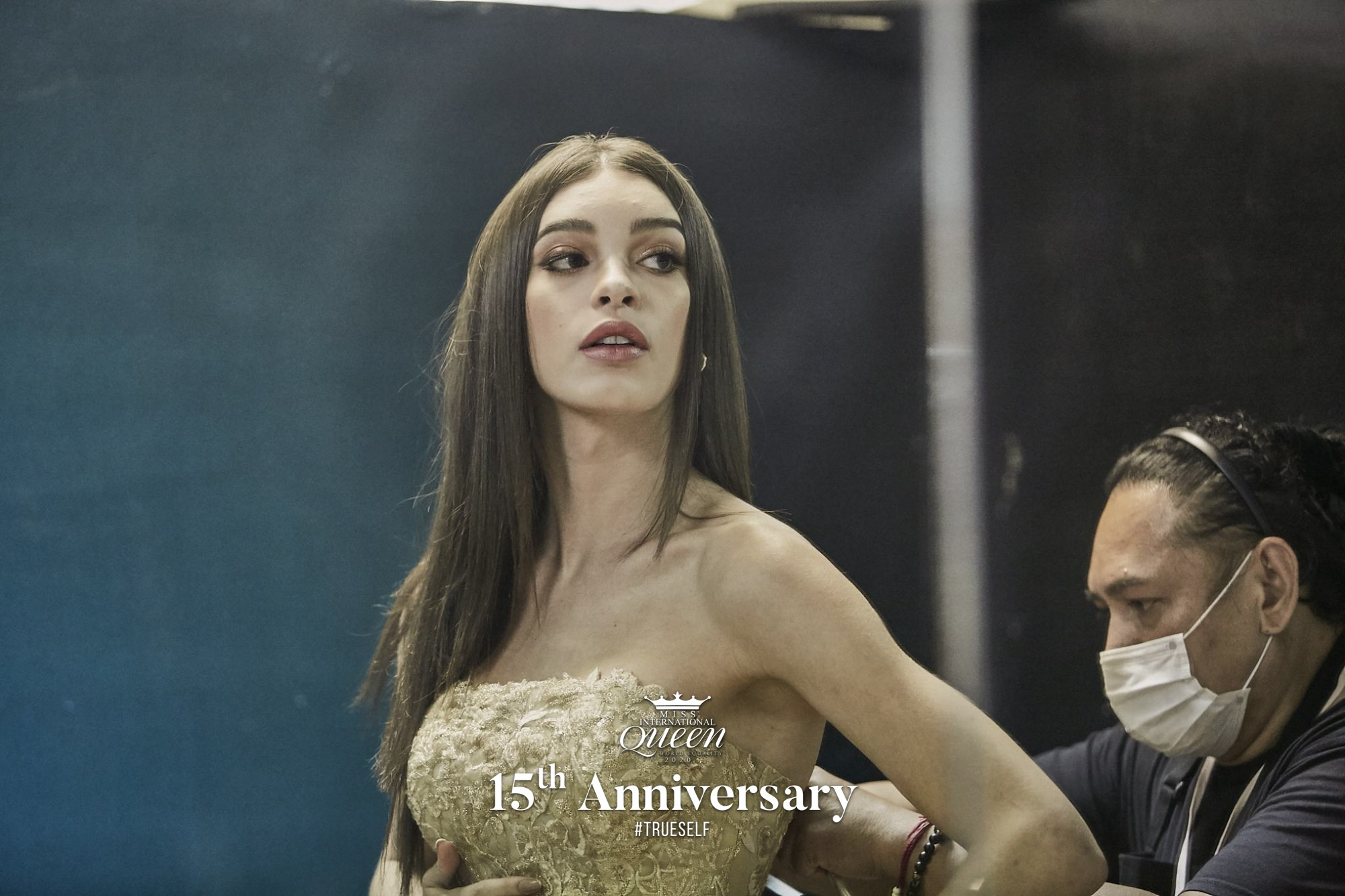 ariella moura, 2nd runner-up de miss international queen 2020.   - Página 7 87475510