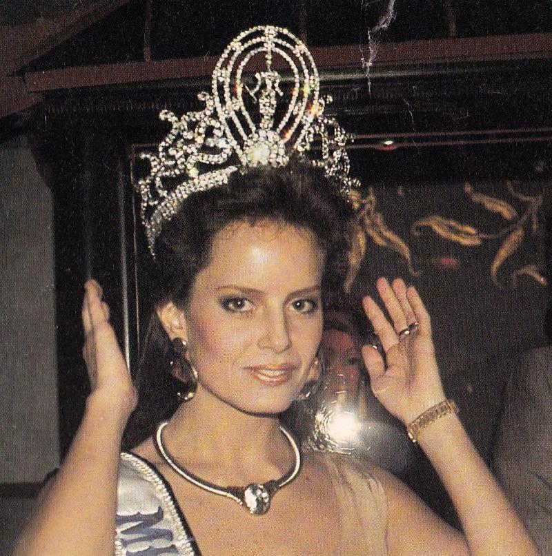 cecilia bolocco, miss universe 1987. - Página 4 92606710