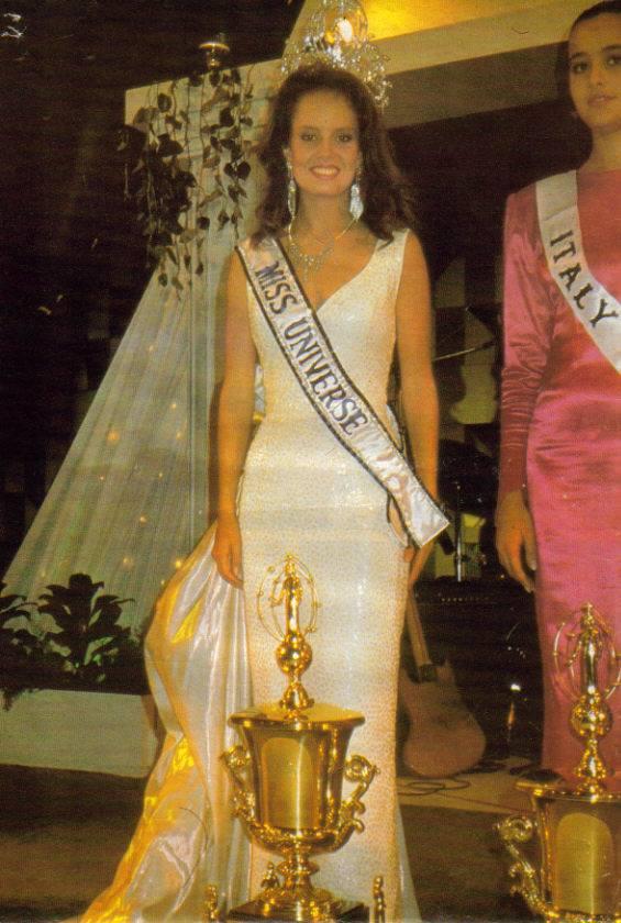 cecilia bolocco, miss universe 1987. - Página 4 92911010