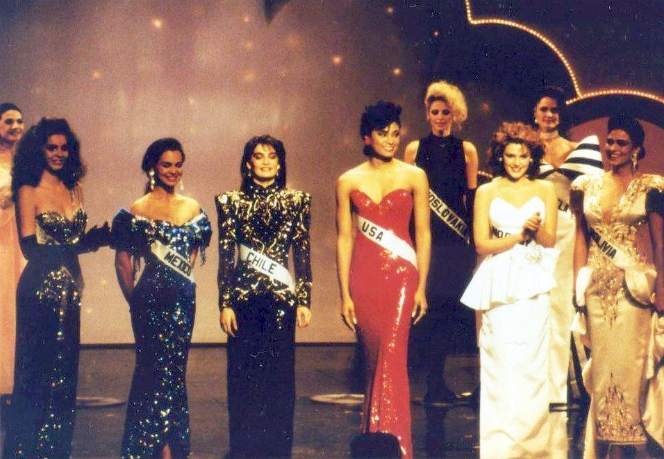 mona grudt, miss universe 1990. - Página 3 93360710