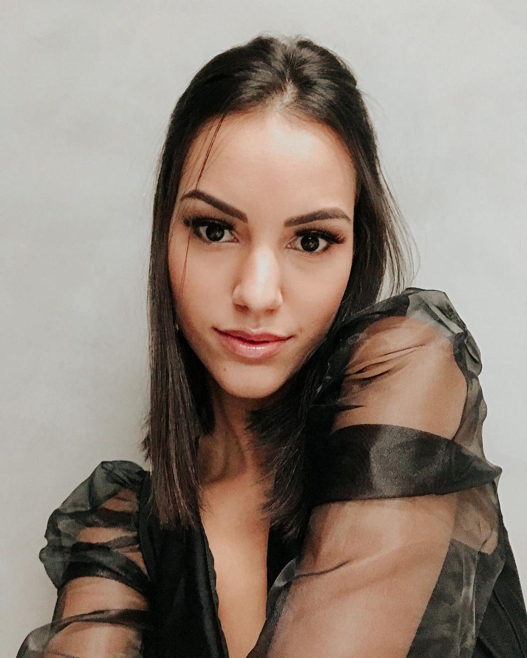 rafaella felipe, top 20 de miss brasil mundo 2019. - Página 4 97085810