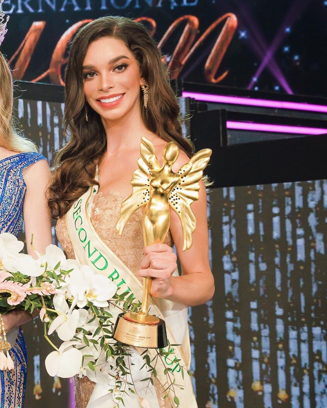 ariella moura, 2nd runner-up de miss international queen 2020.   - Página 9 97560710