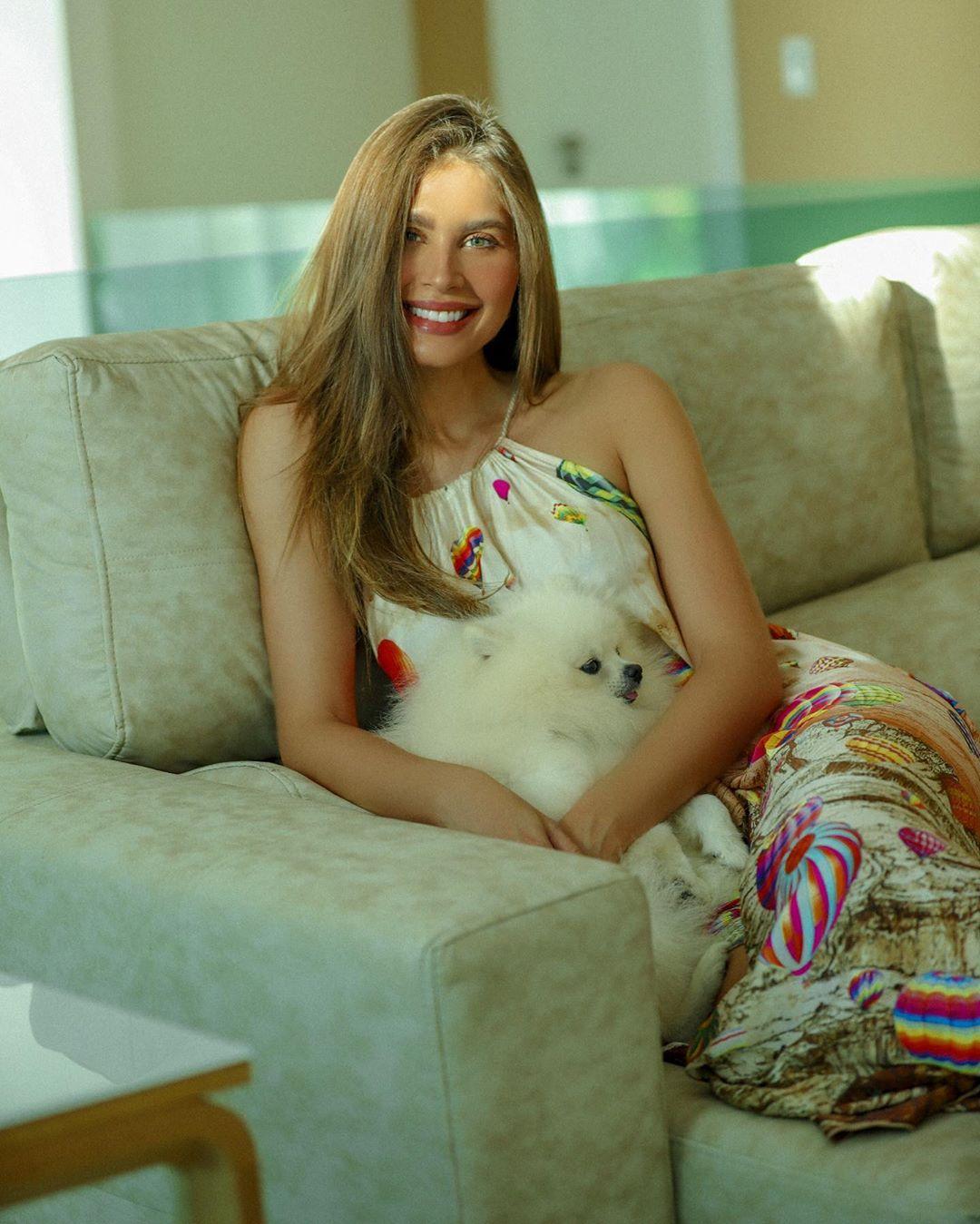 gabriele marinho, miss teen world 2012/top 5 de miss brasil mundo 2013/top 5 de miss brasil universo 2016. - Página 2 99042510
