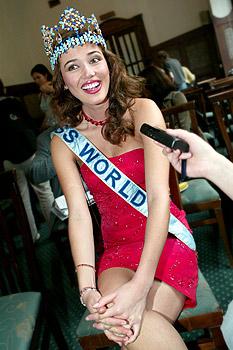 maria julia mantilla garcia (aka maju mantilla), miss world 2004. A0504015