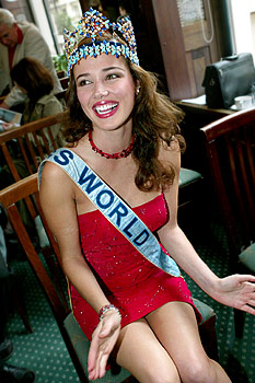 maria julia mantilla garcia (aka maju mantilla), miss world 2004. A0504017