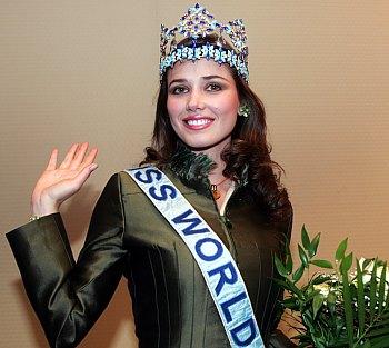 maria julia mantilla garcia (aka maju mantilla), miss world 2004. - Página 2 A0504020
