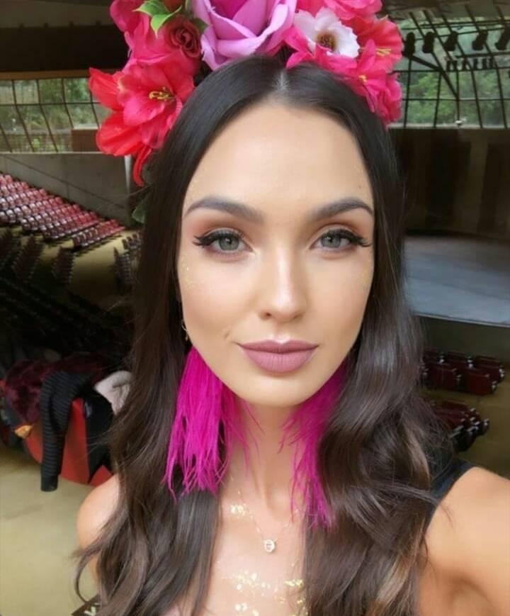 bianca scheren, miss charm brazil 2020. - Página 9 Adrian87