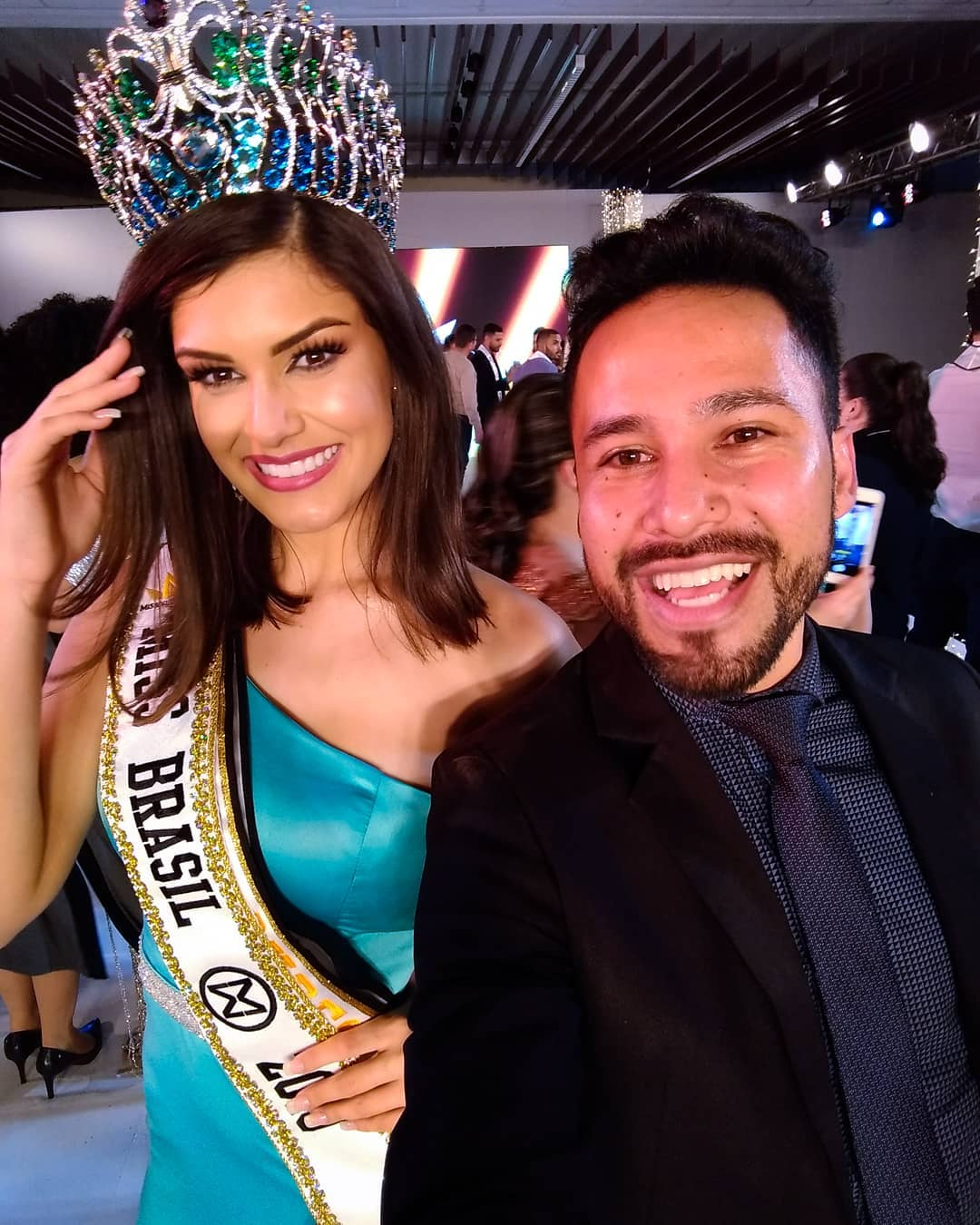 elis miele, top 5 de miss world 2019. - Página 4 Alex-453