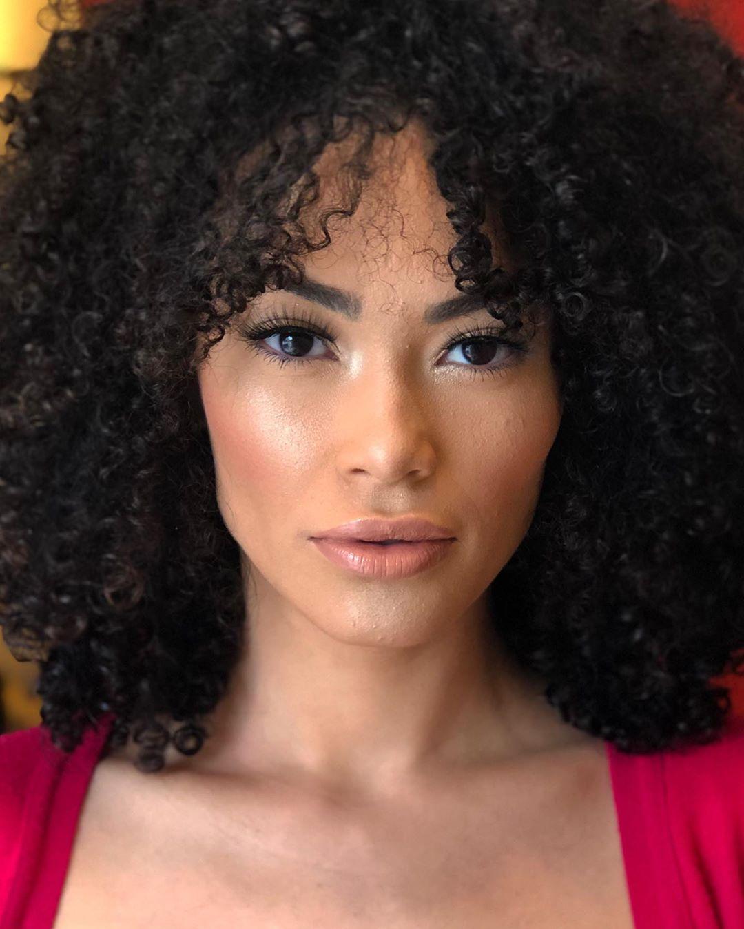 fernanda souza, miss supranational brazil 2019. - Página 4 Alex-630