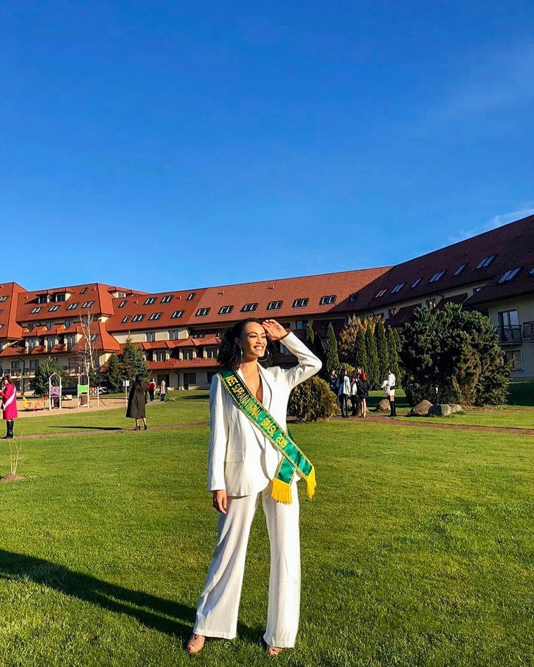 fernanda souza, miss supranational brazil 2019. - Página 5 Alex-652