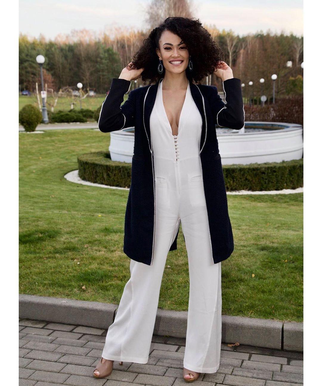 fernanda souza, miss supranational brazil 2019. - Página 6 Alex-662